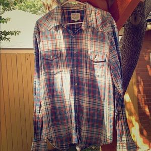 Casual men's shirt lucky brand.